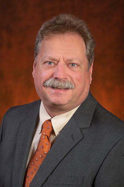portrait of Stephen McDowell